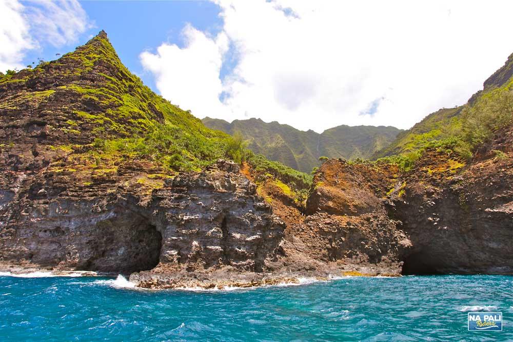 Double Door Sea Cave (Kaua'i)