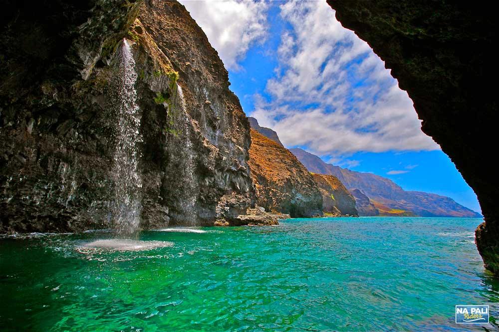 The top 10 sea caves in Greece – Cultour |Sea Cave